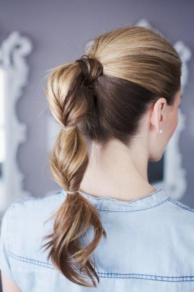 Быстрая прическа на каждый день для длинных волос