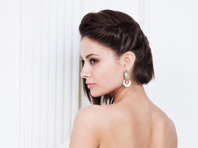 Вечерние прически на короткие волосы - лучшие укладки на вечер