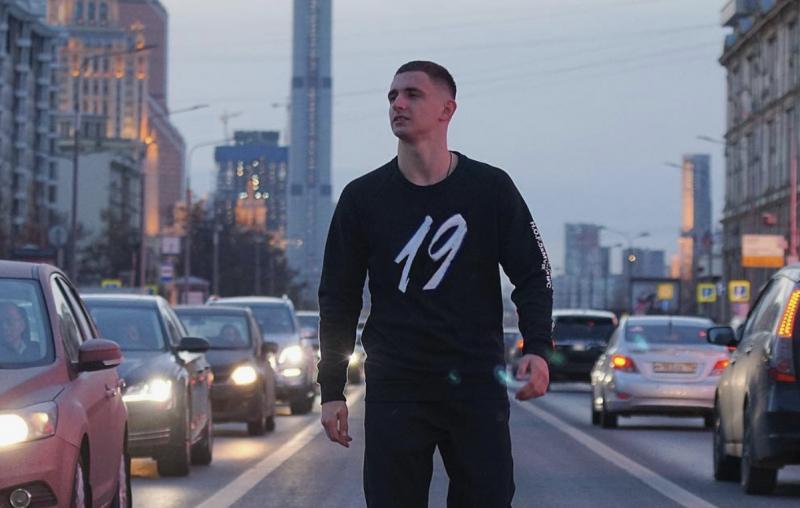 Прическа Михаила Литвина - как называется стрижка блогера