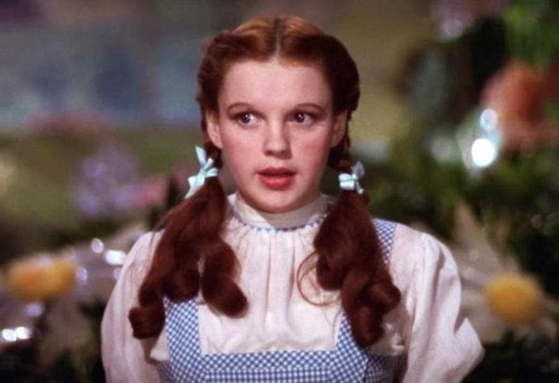 15 знаменитых женских причесок из кинофильмов