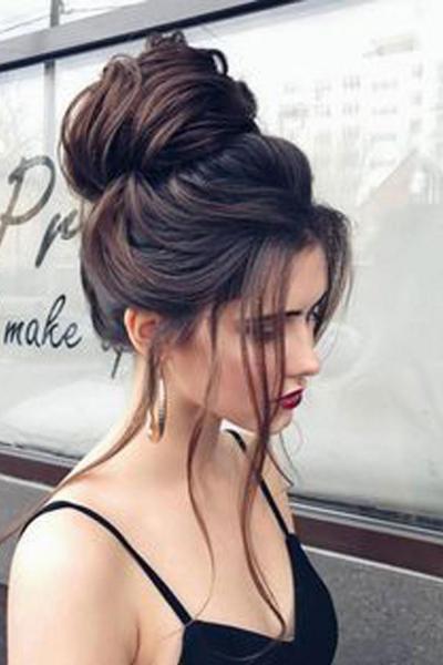 10 простых и быстрых причесок для длинных волос шаг за шагом