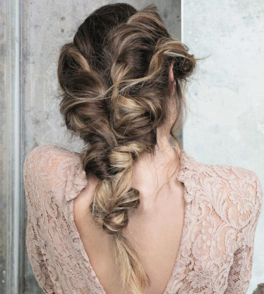 Вечерние прически на средние волосы в домашних условиях пошагово