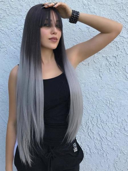 12 стильных причесок для седых волос