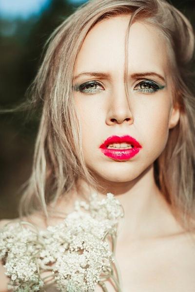 Прически на средние волосы – свежие идеи