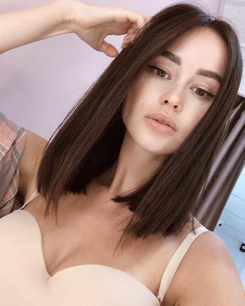 20+ модных стрижек на прямые волосы 2020