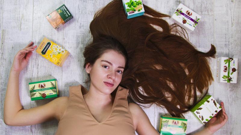 Натуральные ополаскиватели для волос: виды, рецепты, применение