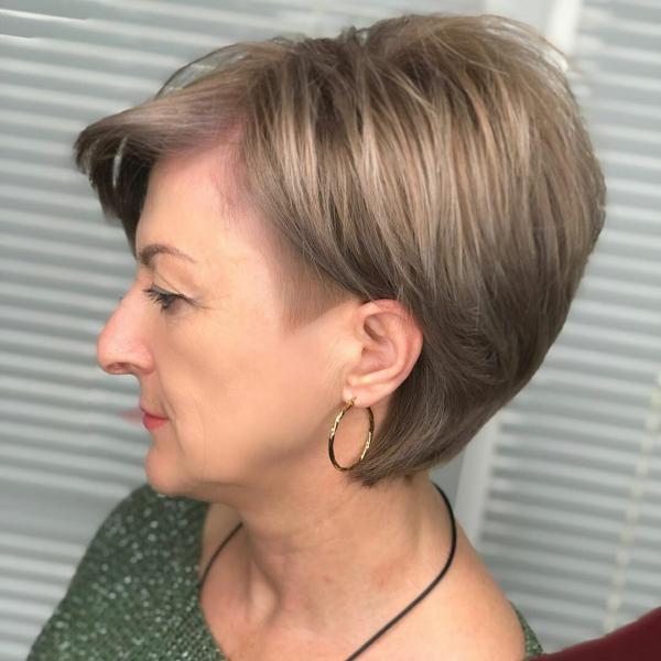 Короткие элегантные стрижки для женщин 50+
