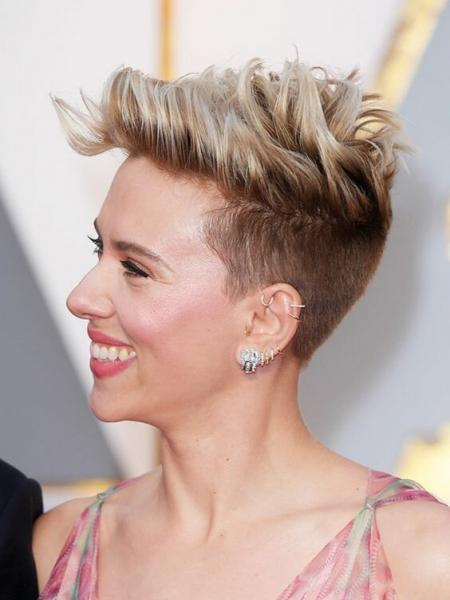 Прически для тонких волос: 12 беспроигрышных вариантов