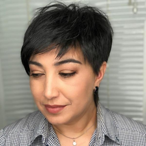 Шикарные стрижки на короткие волосы для дам 40-50 лет