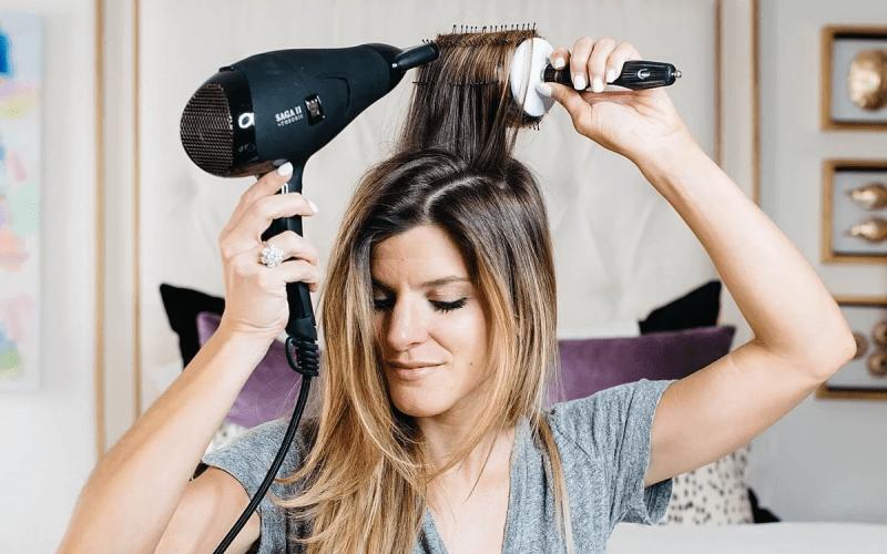 5 ошибок при использовании стайлинг-средств для волос