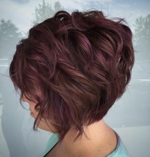 Элегантные стрижки на короткие волосы для женщин 50+