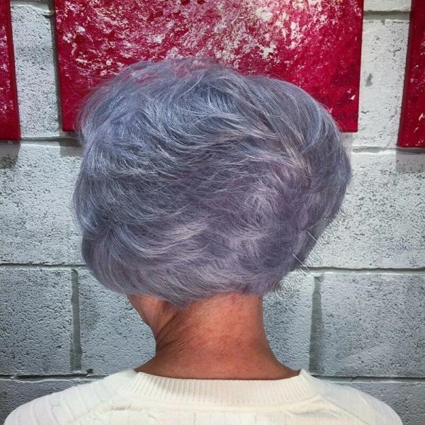 Топ стрижек для женщин 60+, которые отлично выглядят без укладки