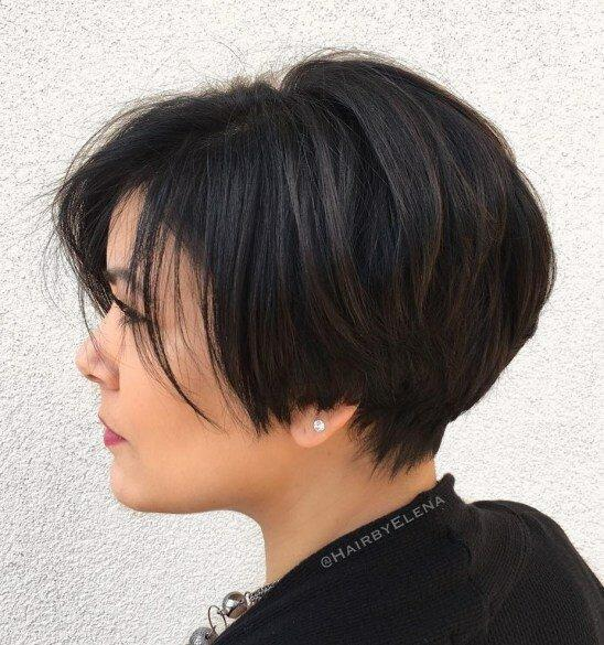 20 модных стрижек для густых волос