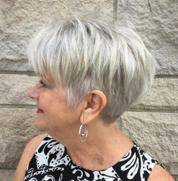 Шикарные стрижки для дам старше 60
