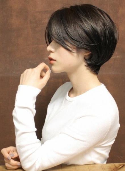 Томбой - стильная женская стрижка с мужским характером