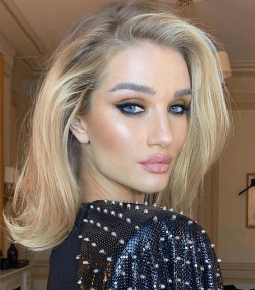 Что вреднее для волос: укладка феном или утюжком?