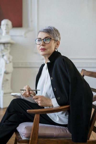 Короткие стрижки для женщин после 50 - всегда модно и элегантно