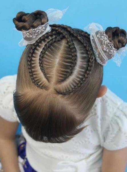 Прически на 1 сентября для девочек от 7 до 16 лет: новые фото