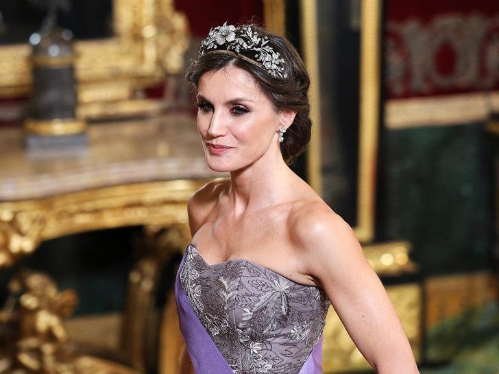 Секреты идеальной фигуры королевы Летиции: особая диета и не только