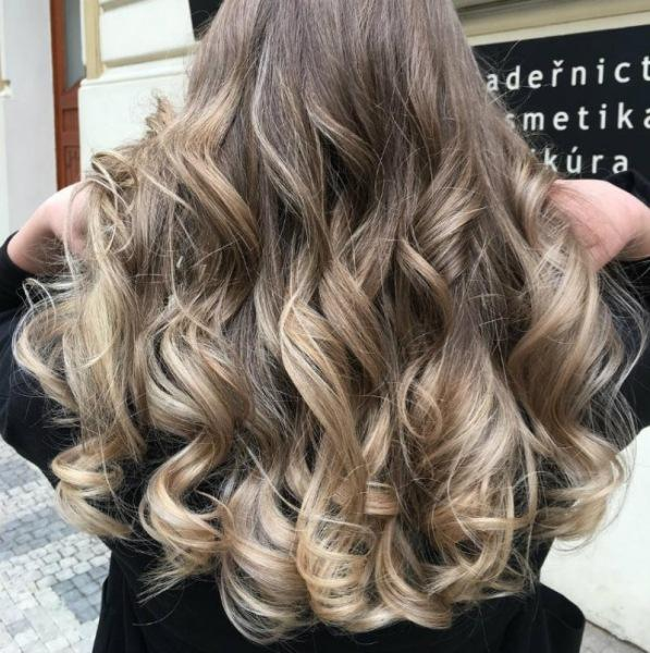 Как скрыть отросшие корни волос
