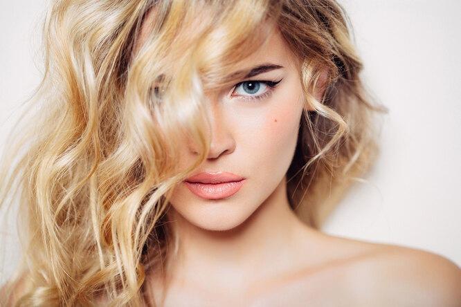 Как ухаживать закудрявыми волосами: 5 средств и3 совета