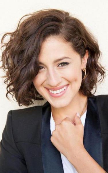 Стрижка «итальянка» на средние волосы: техника выполнения, кому подходит, фото