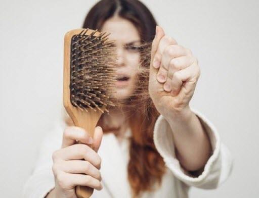 Как остановить выпадение волос: 5 лучших советов