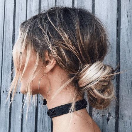 Модные прически 2022 года на каждый день. Модные фото укладок на короткие, средние и длинные волосы